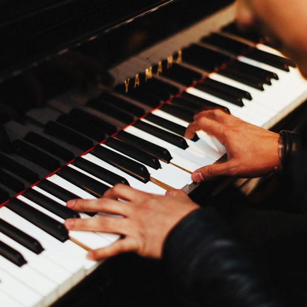 Musiciens et chanteurs pour Cocktail