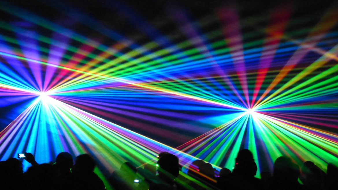 Spectacle Laser, Animart